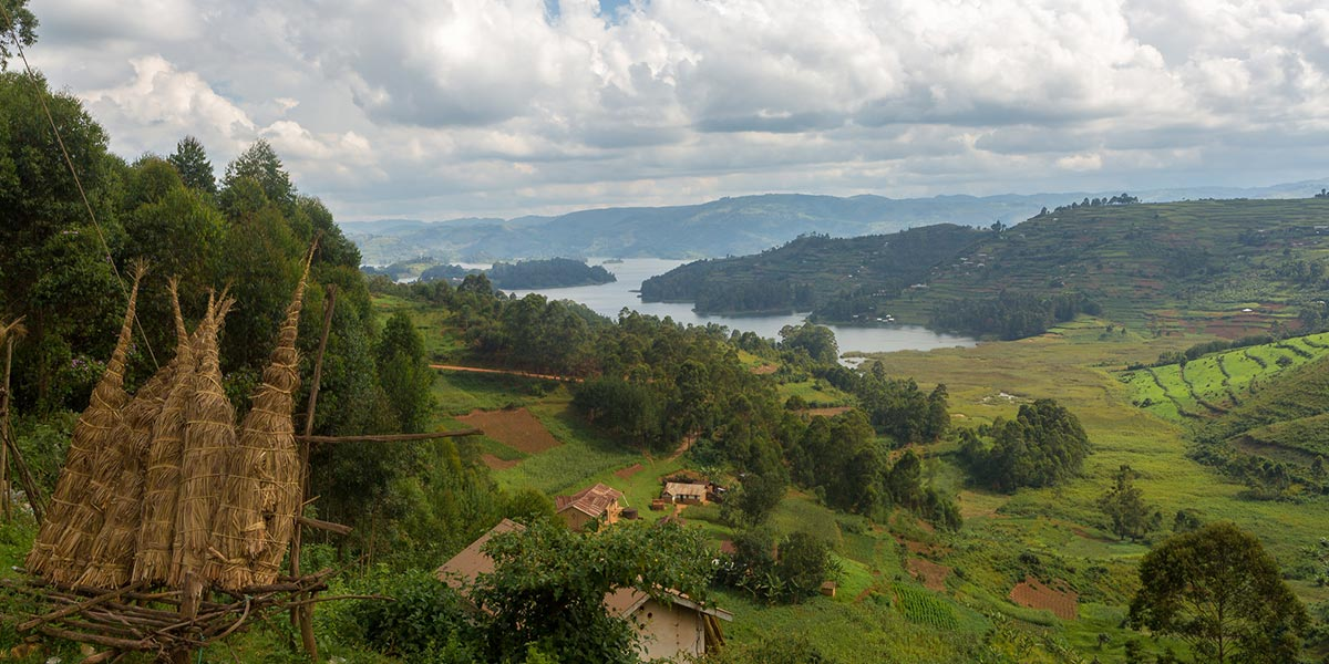 Lake Bunyonyi - Our safaris travel concept